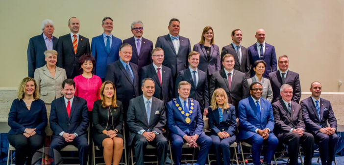 Rada Miejska Toronto – głównie biali mężczyźni