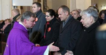 Niezwykły gest ks. Bradtke po mszy pogrzebowej prezydenta Adamowicza