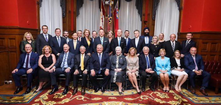 Roszada w rządzie Ontario